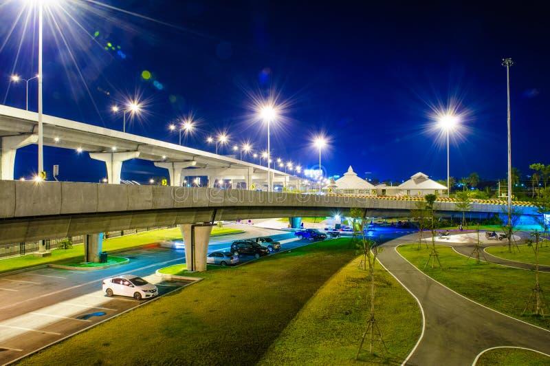 Rottura del ponte di notte fotografia stock libera da diritti