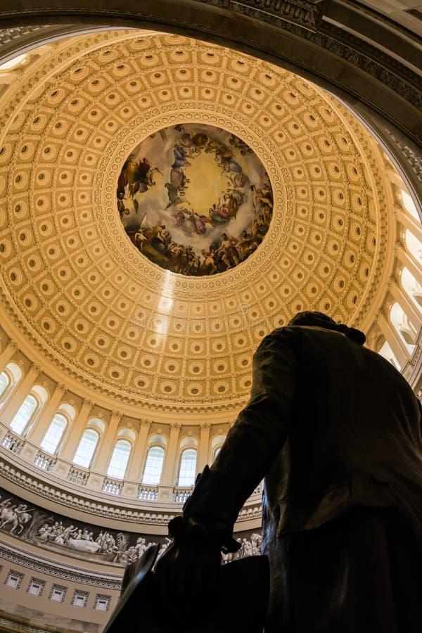 Rotunda αρχιτεκτονική λεπτομέρειας αποθέωση του Washington DC ΗΠΑ Capitol στοκ εικόνα με δικαίωμα ελεύθερης χρήσης