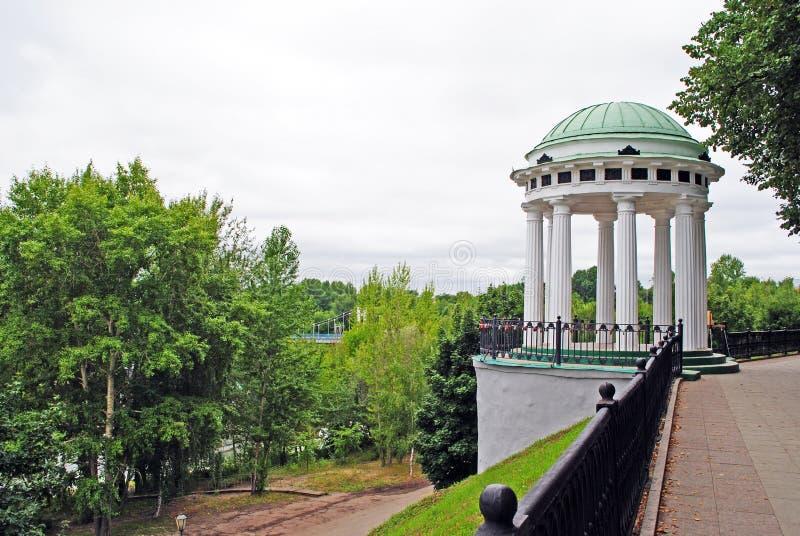 Rotunda σε Yaroslavl στοκ φωτογραφία με δικαίωμα ελεύθερης χρήσης