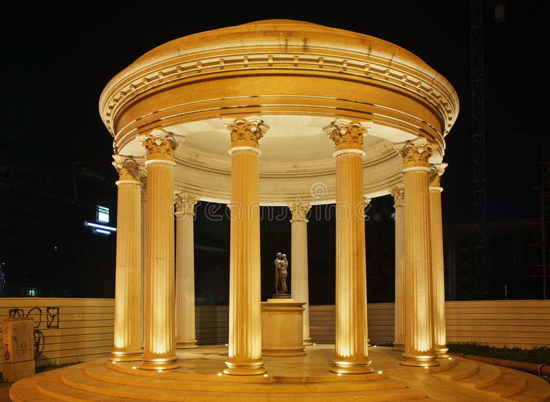 Rotunda w Skopje miasteczku macedonia zdjęcie royalty free