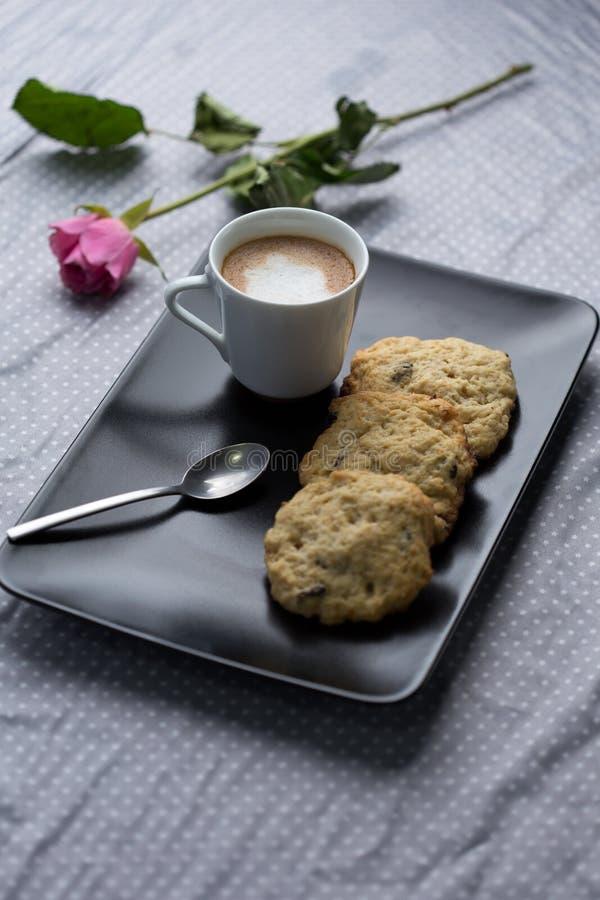 Rotura del café y de la galleta imagenes de archivo