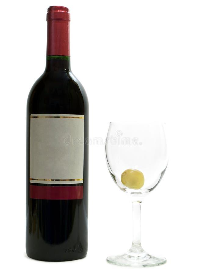 Rotwein mit Weingläsern und Traube lizenzfreie stockbilder