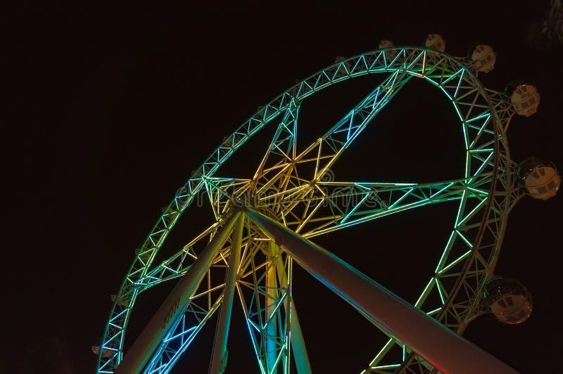 Roue d'observation d'étoile de Melbourne la nuit images libres de droits