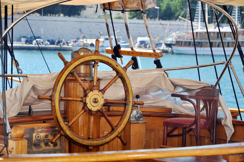 Roue de bateau photos libres de droits