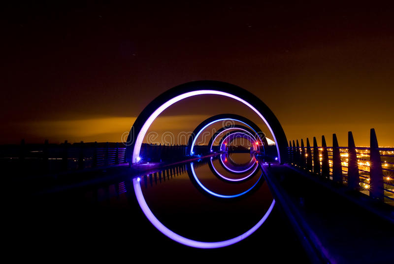 Roue de Falkirk la nuit photo stock