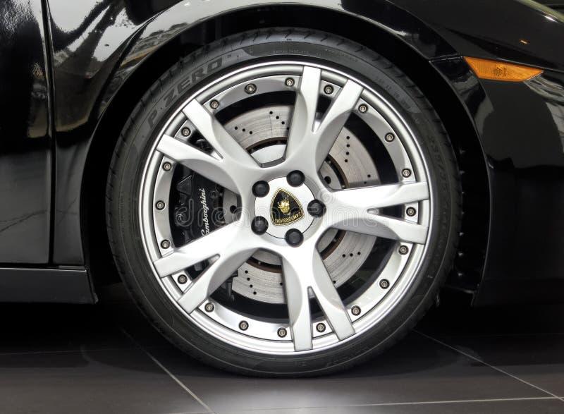 Roue de Lamborghini Gallardo images stock