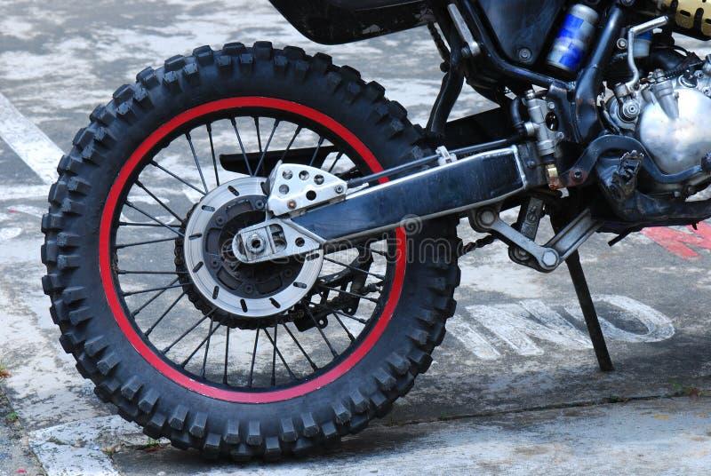 Roue de vélo de saleté photo stock
