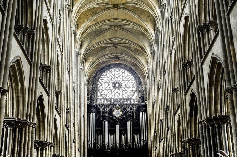 Rouen - интерьер собора стоковое фото rf