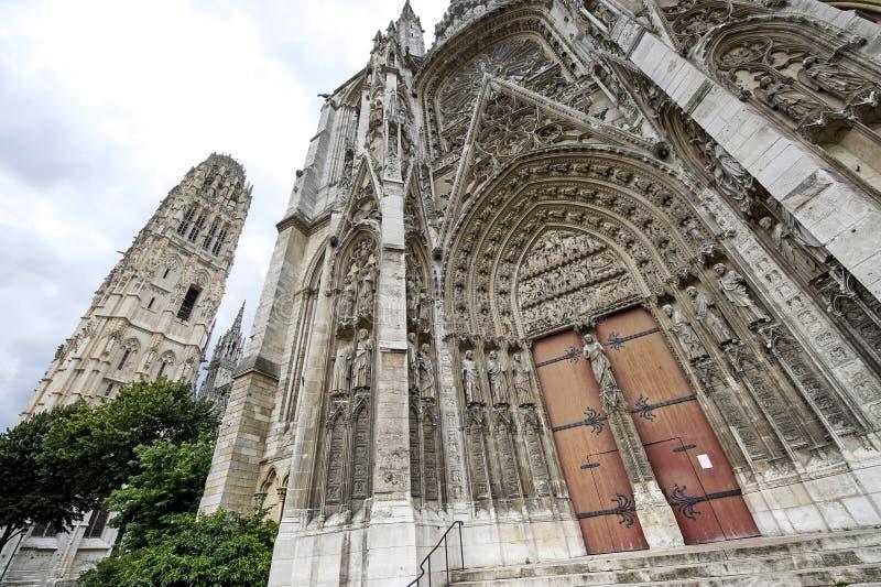 Download Rouen - domkyrkayttersida fotografering för bildbyråer. Bild av belfast - 27276359