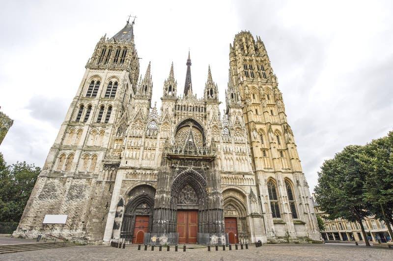 Rouen - façade de la cathédrale images libres de droits