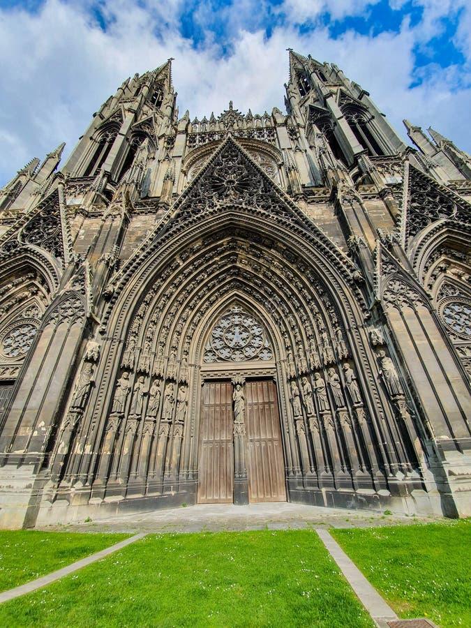 Rouen Francja, Czerwiec, - 2019: Saint Ouen opactwa kościół, także znać jako Owen opactwa kościół, jest Gockim kościół rzymsko-ka fotografia royalty free