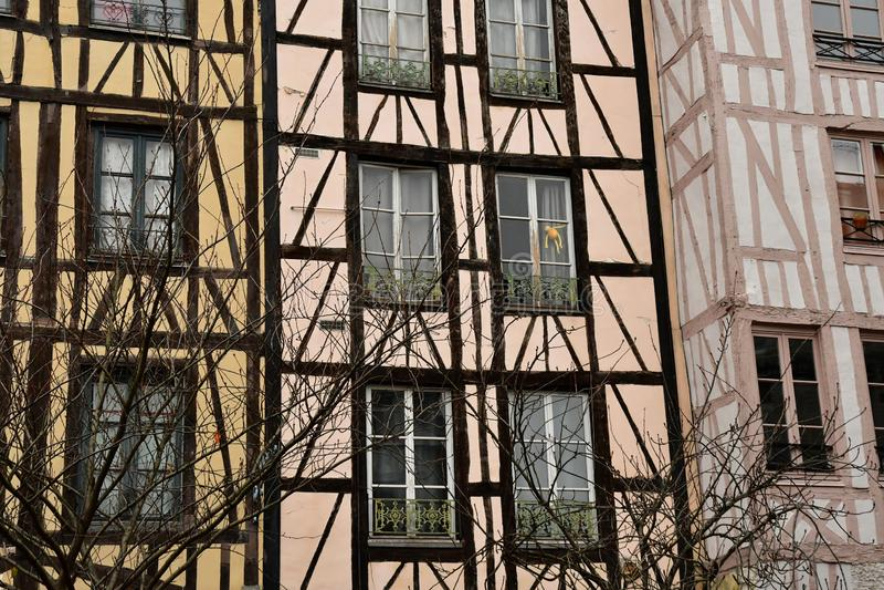 Rouen Frankrike - november 26 2016: det historiska centret arkivfoton