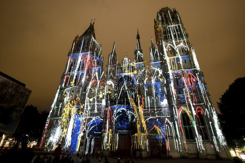 Rouen - la cathédrale la nuit image libre de droits