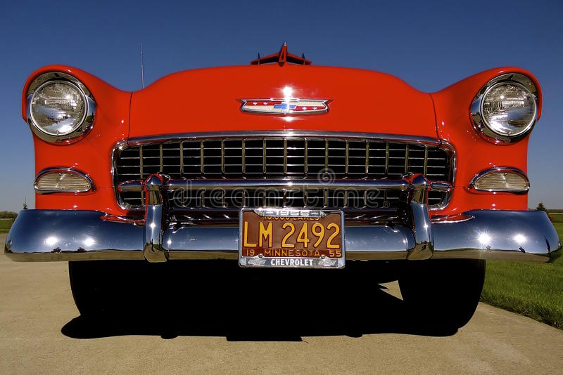 Rouge de vintage Chevy 1955 photos libres de droits