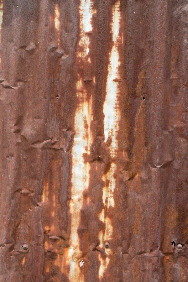 Download Rouillé Abstrait De Tin Roof Image stock - Image du couleur, acier: 45365513