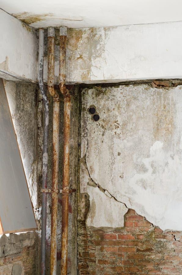 Download Rouille dans des tuyaux photo stock. Image du closeup - 77159610