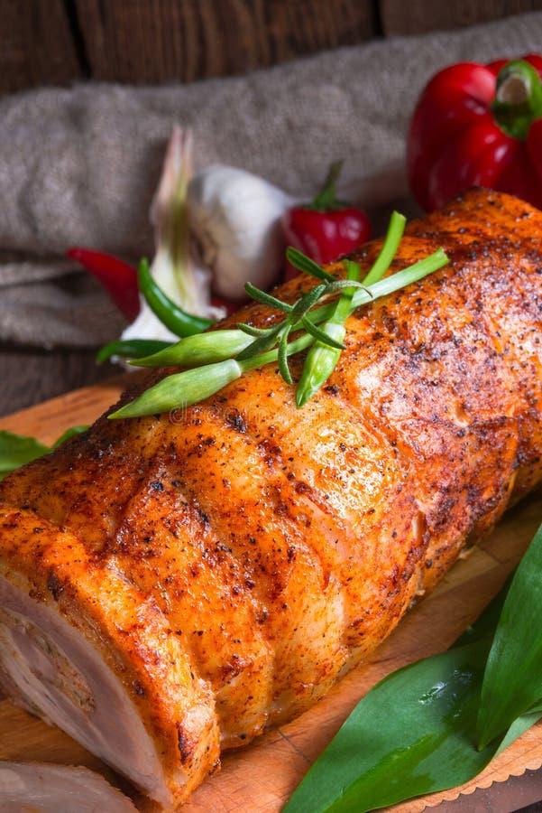 Roulade da carne com enchimento do allium do urso fotografia de stock