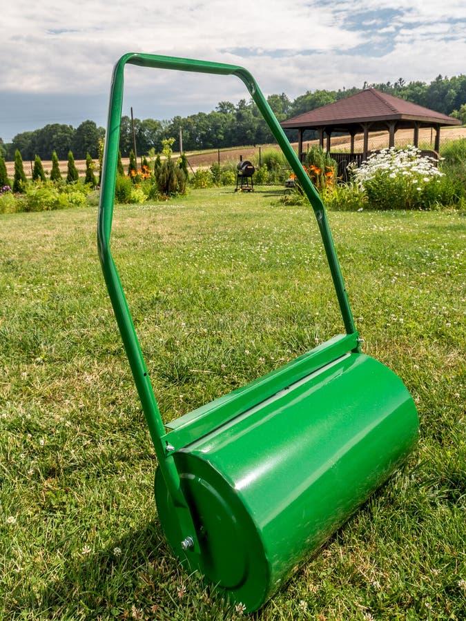 Rouleau de pelouse images stock