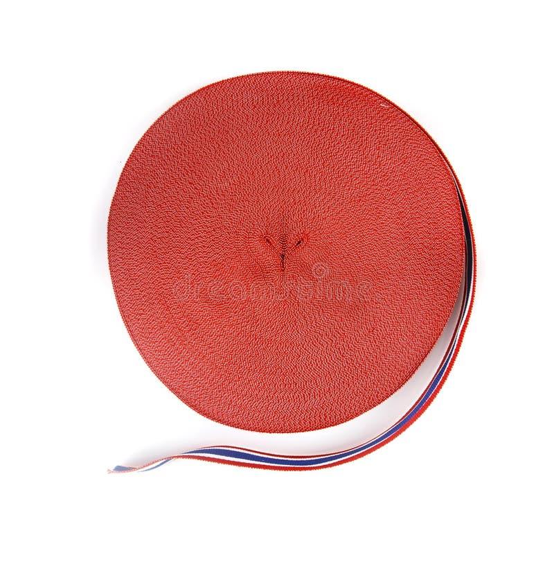 Rouleau de ruban avec le modèle thaïlandais de drapeau avec la forme de coeur au centre photos stock