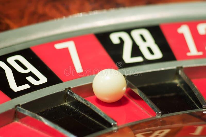 Roulette in het casino royalty-vrije stock afbeelding