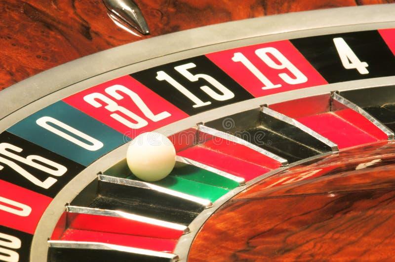 Roulette van het casino, nul wint stock foto's
