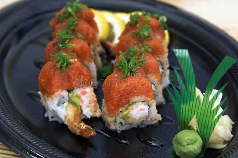 Download Roulis de dragon photo stock. Image du sushi, roulement - 736248