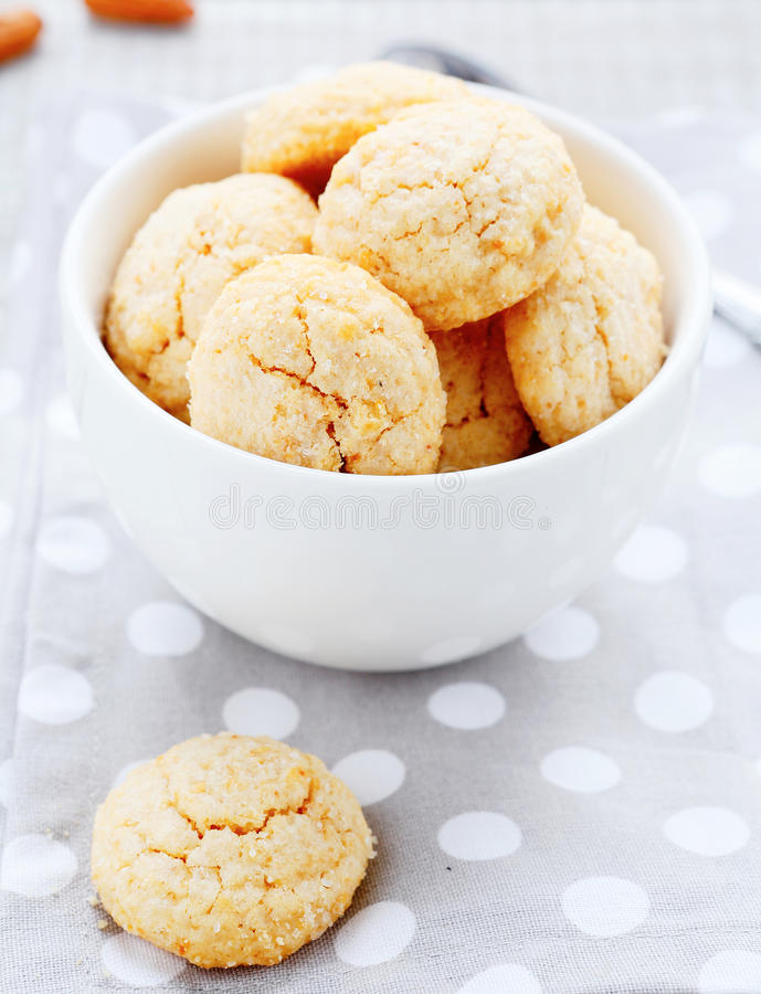 Round almonds cookies in a bowl royalty free stock photos