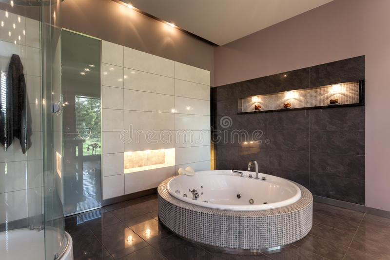 Round Bath In A Luxury Mansion Stock Image Image Of