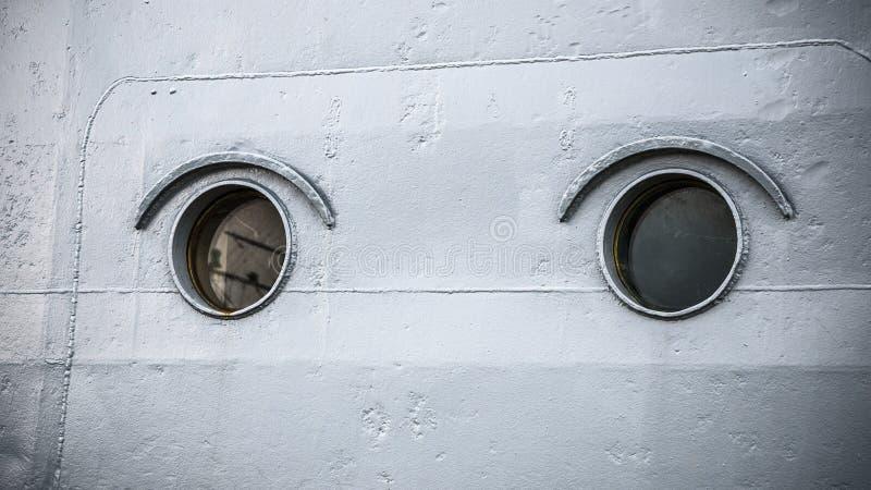 Round portholes okręt wojenny obraz stock