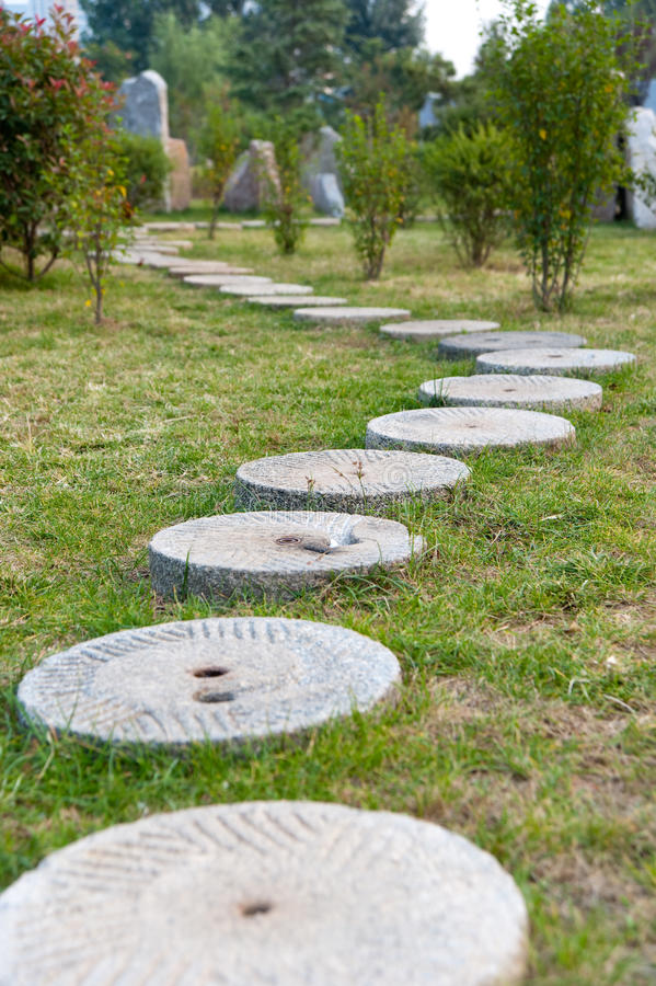 Download Round Stone Path In The Park Stock Image - Image: 16433465