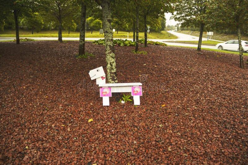 Roundaboutdog em Solleftea, sweden A fim apoiar a luta para a divisão de maternidade fotografia de stock