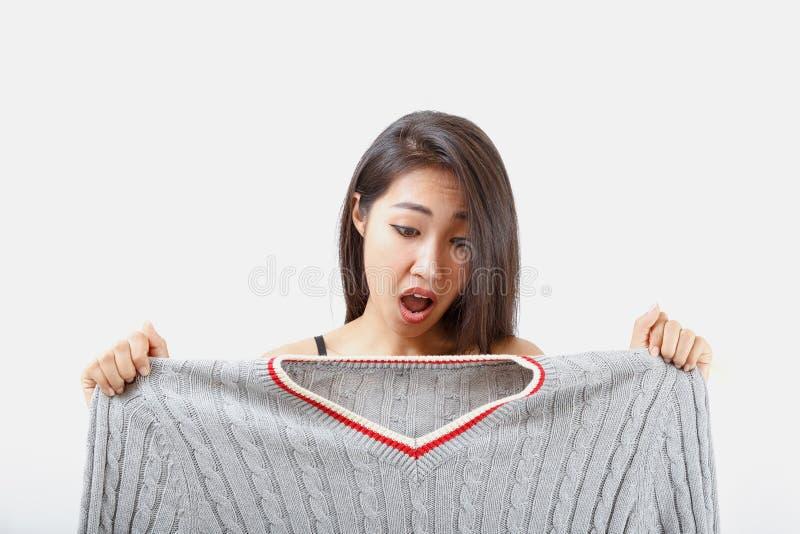 A roupa é demasiado grande foto de stock royalty free