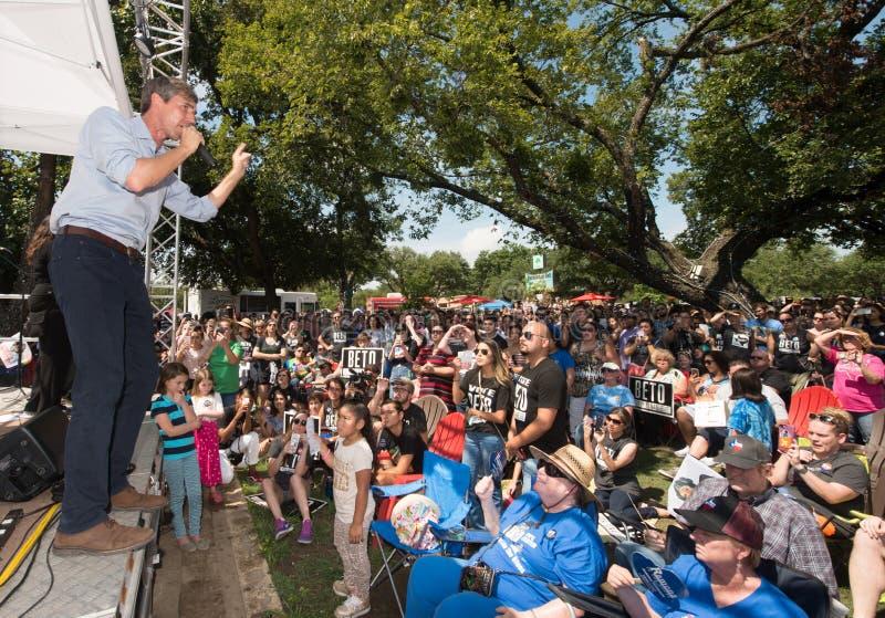 ` Rourke Demócrata Texas Campaigns de Beto O para el senado fotos de archivo