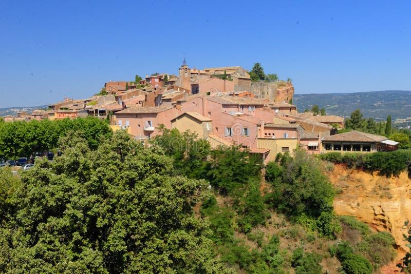 Roussillon-Dorf lizenzfreie stockfotografie