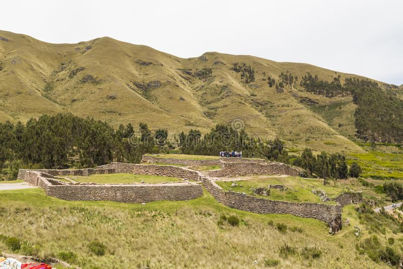 route à la forteresse de Puca Pucara, cusco, Pérou photographie stock libre de droits