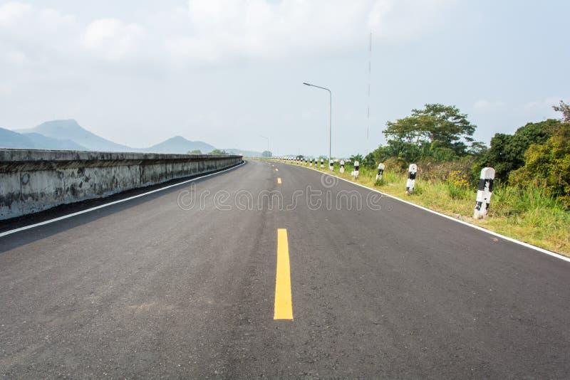 Route à la montagne photo libre de droits