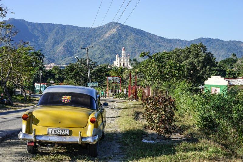 Route à Madame d'EL Cobre de charité en Santiago de Cuba photo libre de droits