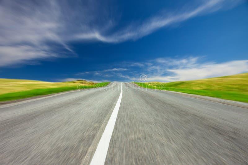 Route au ciel images stock