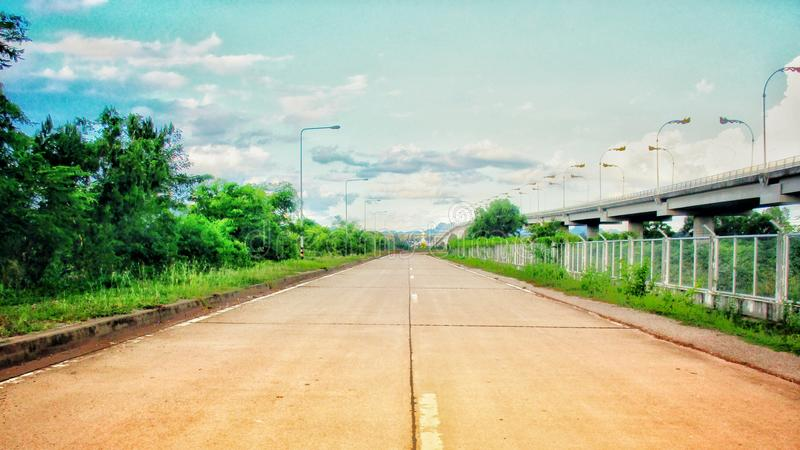 Route bétonnée photographie stock