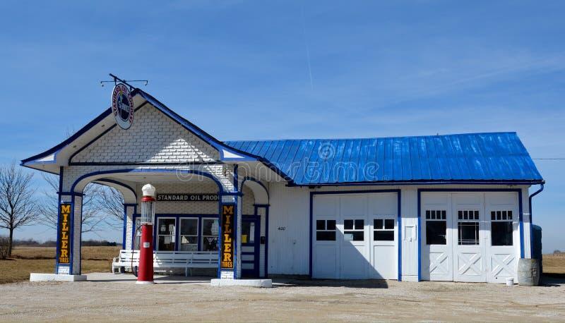 Route 66 bensinstation fotografering för bildbyråer