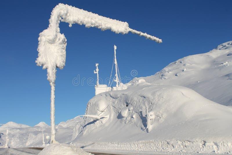 Route blanche de Klondike de passage image libre de droits