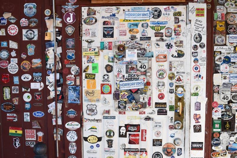 Route 66, café de Bagdad, Newberry jaillit, des autocollants images stock