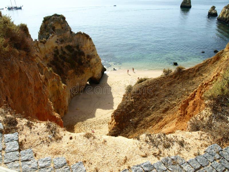 route dangereuse cassée du Portugal photo stock