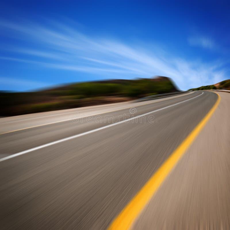Route dans le mouvement image libre de droits