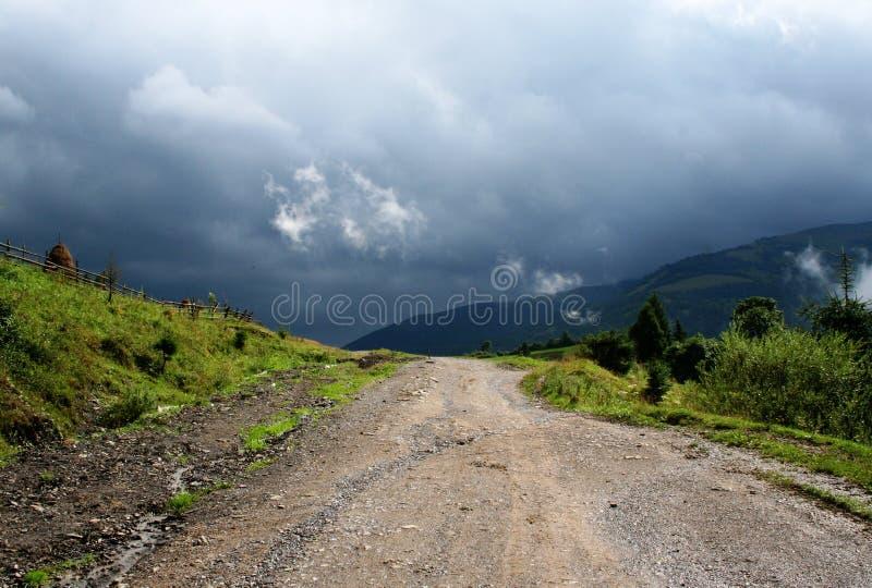 Route dans les supports photographie stock