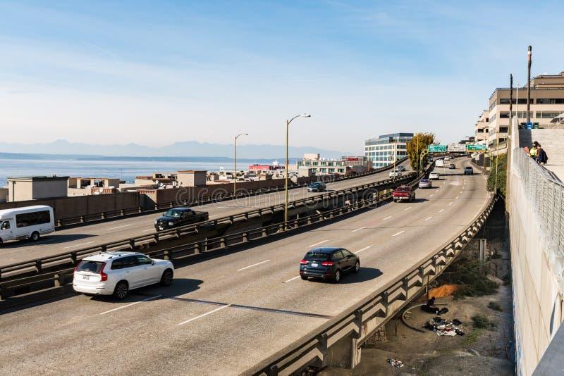 Route de bord de mer à côté de marché de Pike à Seattle photographie stock libre de droits