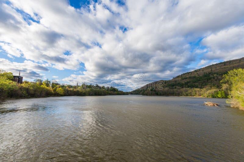 Route de Brattleboro quittant Brattleboro, Vermont dans New Hampshire images libres de droits
