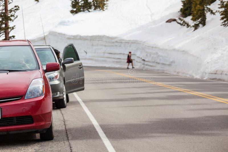 Route de mur de neige images stock