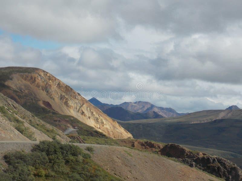 Route de parc - parc national de Denali, Alaska image stock