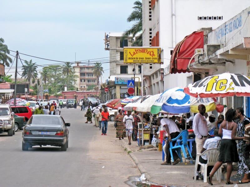 Route de passage pour piétons, Kinsasha, République démocratique du Congo photos libres de droits